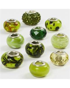 Perline in vetro, diam: 13-15 mm, misura buco 4,5-5 mm, verde glitter, 10 asst./ 1 conf.