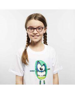 Stampa trasferibile con i pennarelli per stoffa su una T-shirt