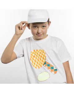 T-Shirt decorata con motivo sportivo su carta trasferibile
