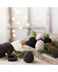 Crochet decorative pine cones