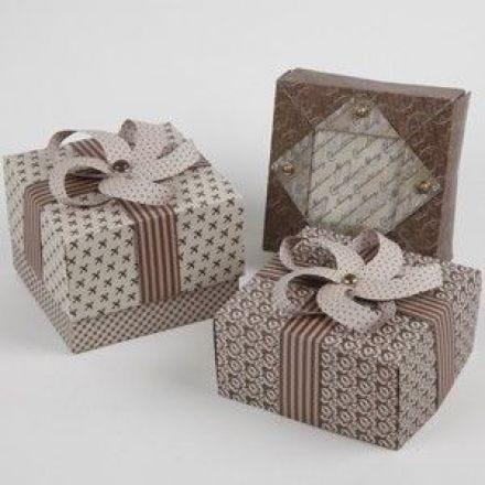 A Vivi Gade Folding Box