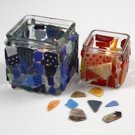 Portacandele con mosaico decorato con pennarelli per vetro e porcellana