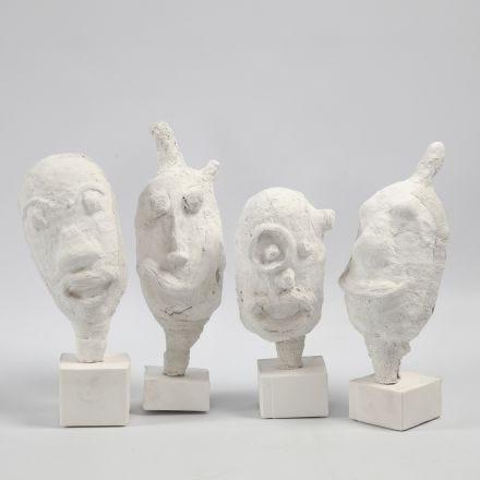 Ritratti e sculture realizzate da un palloncino con bende di garza