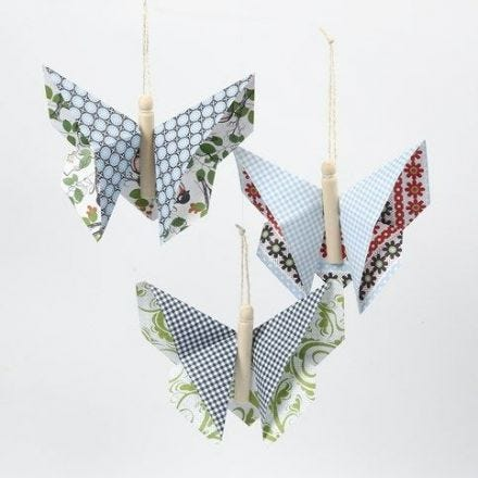 Farfalla origami con carta Vivi Gade Design (serie London)