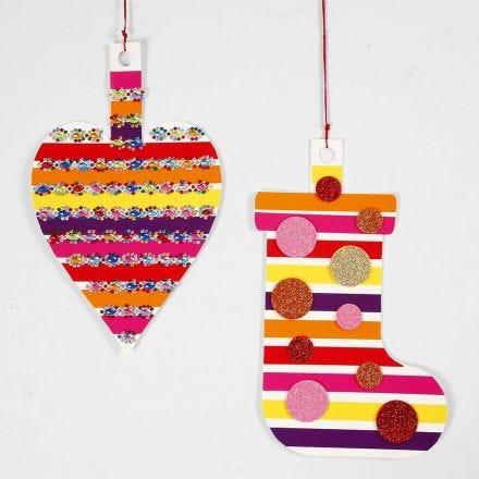 Decori pendenti in cartoncino con carta smaltata e gomma foam glitter