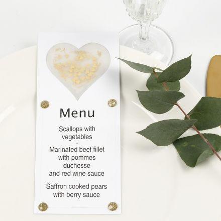 Menu decorato con un cuore di carta pergamena, glitter e strass