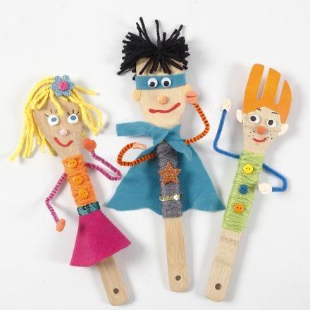 Pupazzi per teatrino delle marionette con utensili da cucina in bambù