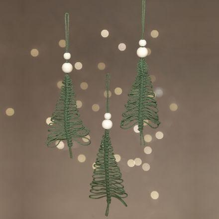 Un albero di Natale in macramè da appendere