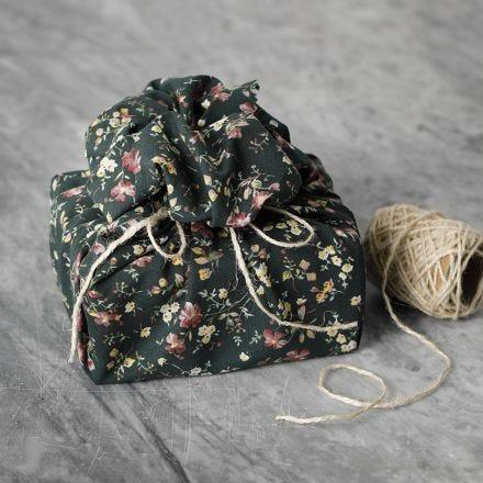 Confezione regalo in tessuto patchwork riutilizzabile