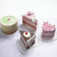 Delicious-looking Cake Boxes