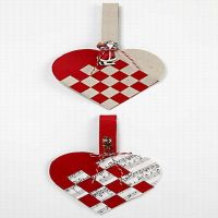 Old-Fashioned Woven Christmas Hearts