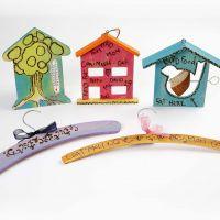 Oggetti di legno decorati con pirografo e Plus Color