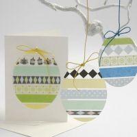 Uova fatte di sfoglia rigida con nastro adesivo colorato