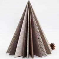 Albero di Natale piegato con carta Vivi Gade Design