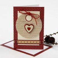 Biglietto di Natale con un'etichetta e delle decorazioni Vivi Gade