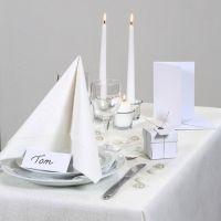 Ispirazione per le feste con decorazioni per la tavola bianche