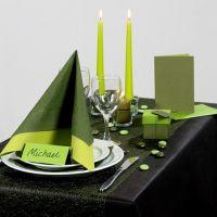 Ispirazione per le feste con decorazioni verdi per la tavola