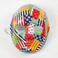Decoupage con carta smaltata fantasia su maschera