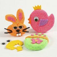 Magneti con sagome di cartapesta decorate con Foam Clay e occhi mobili