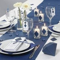 Decorazioni per la tavola e menu in blu della serie Happy Moments