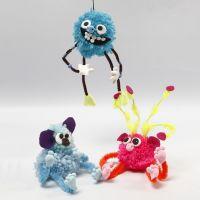 Animali fantastici realizzati con pom-poms, scovolini, perle e Silk Clay