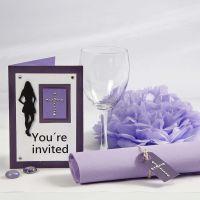 Invito porpora e decorazioni da tavola per Confirmation Party