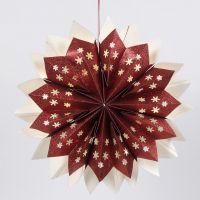 Stella realizzata con buste di carta glitter e munita di lucine LED a batteria nascoste