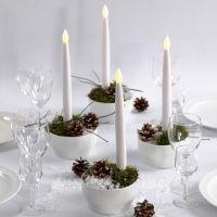 Decorazioni natalizie con candele LED