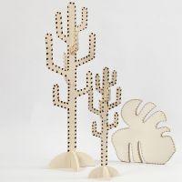 Cactus e foglia decorati con pirografo
