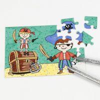 Puzzle pirata decorato con pennarelli