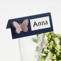 Segnaposto con farfalla fustellata in carta pergamena