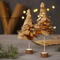 Alberi di Natale di carta in finta pelle fustellata a strati