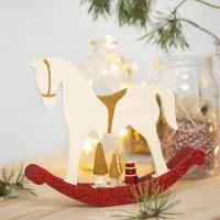 Cavallo a dondolo con piccoli accessori in legno decorato con pittura Craft Paint, glitter e perle