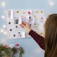 Crea il tuo calendario di Natale con disegni, adesivi e figure