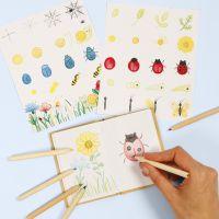 Impara a disegnare insetti e fiori in un libro della natura