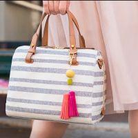 Pendente per borsa con nappe e perle in Fimo