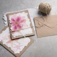 Come realizzare la carta fatta a mano con il disegno di un tovagliolo
