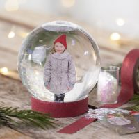 Un globo di neve con una foto